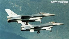 F-16編號6672(圖/記者邱榮吉攝影)