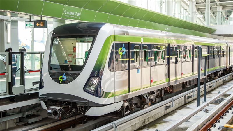 台中捷運試營運6天列車異常 22日起將暫停開放