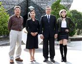 楊烈出席「國際橋牌社2」開鏡。(記者邱榮吉/攝影)