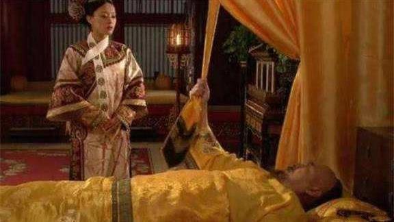 皇帝死前拽黃帶子 甄嬛至死不知用意
