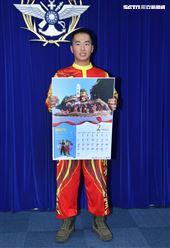 陸軍馬防部南竿守備大隊機步連許祐豪上士(2月份形象月曆代表)。(記者邱榮吉/攝影)
