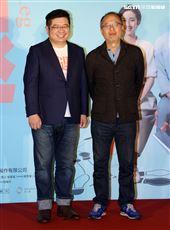 「腿」監製鍾孟宏、導演張耀升出席「腿」電影首映會。(記者邱榮吉/攝影)