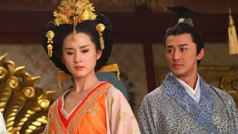 性慾最強公主 50歲跟皇帝搶美少年