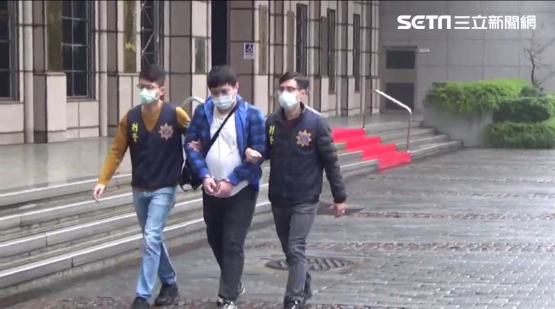 Re: [新聞] PTT「血洗全台」真兇落網 高雄駭客住4坪