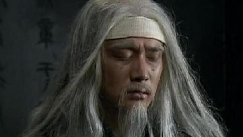 為何司馬懿營前來一老人 讓孔明心死