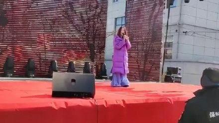 昔稱霸華語歌壇 金曲歌后落魄近況曝