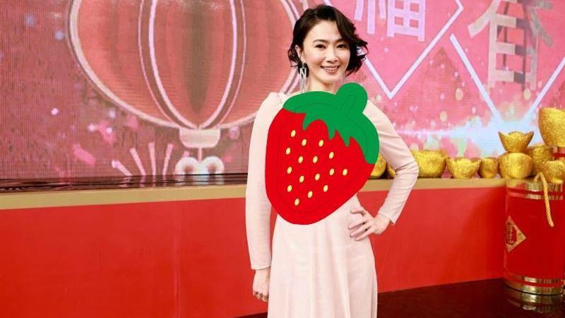 43歲侯怡君透視衣爆雪乳 備卵當媽