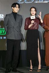 周渝民、張榕容出席愛奇藝華語劇集《逆局》卡司發佈。(圖/記者楊澍攝影)