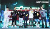 三立集團總經理張榮華(中)出席MTV「大嘻哈時代」。(記者邱榮吉/攝影)