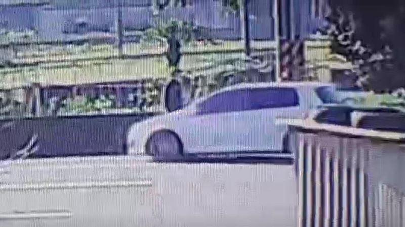 ATM整台搬走鋸棄山谷 竊嫌畫面曝