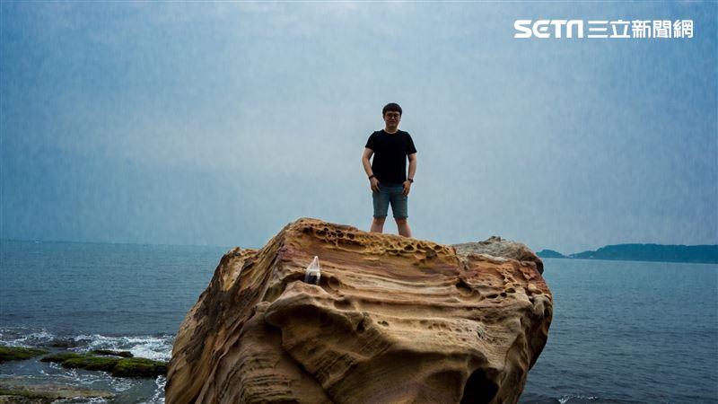 金山秘境/怕死勿試 登巨礁享受榮耀