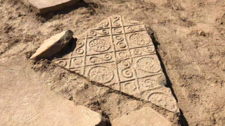 大發現!秦始皇政務大殿出土 2千年前「荊軻刺秦王」在這