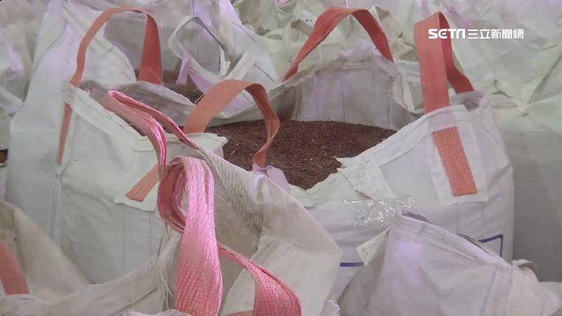 雜工搬光農會紅豆 賺取暴利330萬