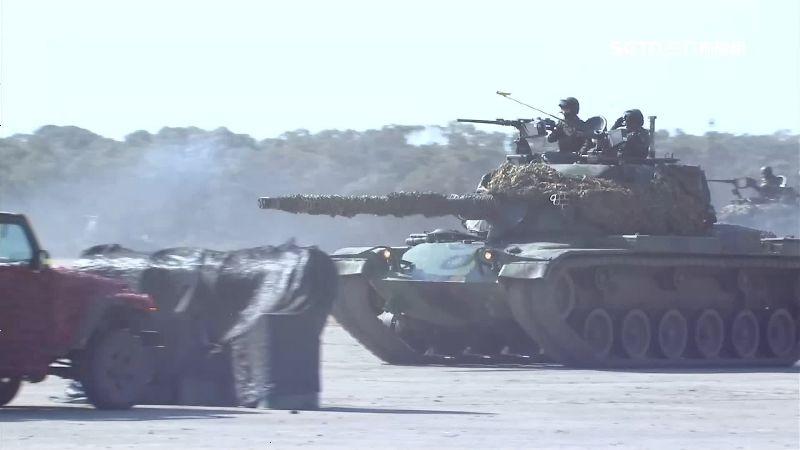陸軍聯兵營強大火力 快速攻破敵防線