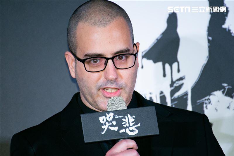 導演賈宥廷Rob出席電影《哭悲》首映會。(圖/記者楊澍攝影)
