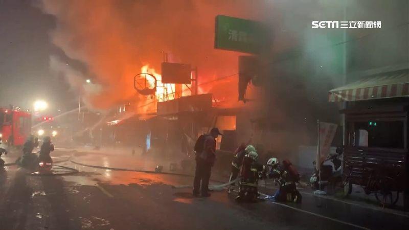 沖天炮猛炸人車卻步 7店面燒光光
