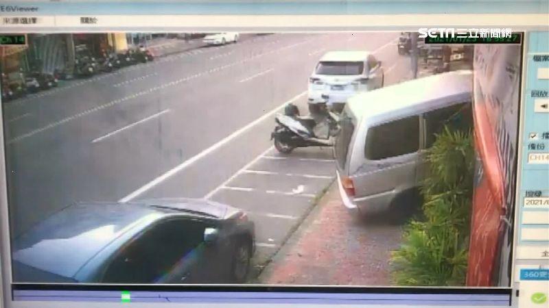 油門當剎車踩!24歲駕駛衝撞火鍋店