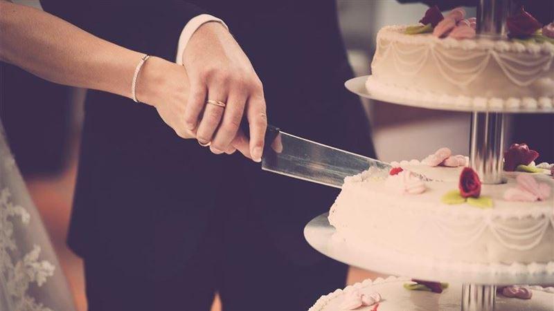 109年結婚登記12萬1702對 近10年新低