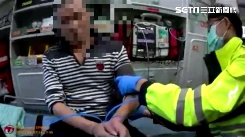 醉漢警局撞破頭 搭救護車譙警下場曝