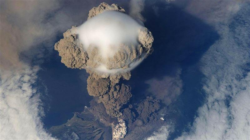 印尼火山又爆發!甦醒十年已殺26人