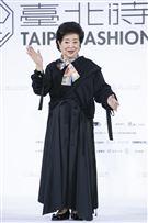 金馬影后陳淑芳出席『2021臺北時裝週AW21』展前記者會。(圖/記者楊澍攝影)