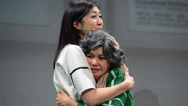 黃嘉千搭擋于子育 母女生離死別淚崩