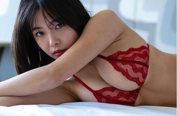 寺本 莉緒 乳