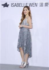微風微女神出席書娜娜ISABELLE Wen溫慶珠時裝秀。(記者邱榮吉/攝影)