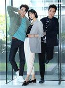賴雅妍、王傳一、謝家見出席三立新八點華劇「三隻小豬的逆襲」第一波卡司發布會。(記者邱榮吉/攝影)