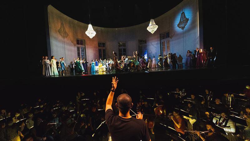 衛武營歌劇《茶花女》公演 「辣個男人」驚喜現身 | 生活 | 三立新聞網