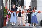 王樂妍投資開美容SPA店嘉賓-方馨、簡沛恩、張洛君站台。(記者邱榮吉/攝影)