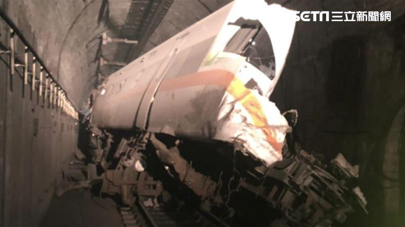 罹難者家屬要退票…台鐵竟要求拿實體票!怒:爬回車廂找嗎