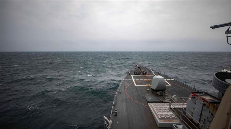 14秒影片曝!美軍第7艦隊軍艦通過台海 中國解放軍怒了