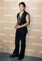 范少勳出席頂級珠寶展。(記者邱榮吉/攝影)