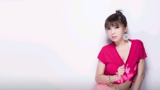 曾穿耐吉 劉樂妍求粉絲:P個五星旗