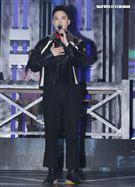 J.Sheon錄台灣第一檔嘻哈選秀節目「大嘻哈時代」。(記者邱榮吉/攝影)