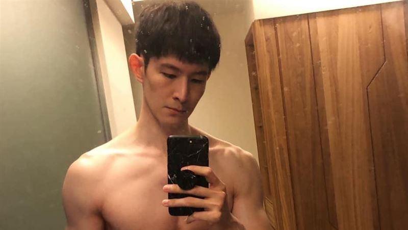 波特王露點挑戰臉書426 粉絲暴動