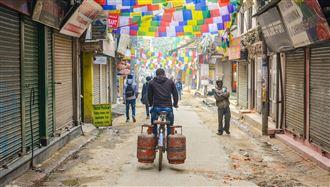 尼泊爾確診創新高 醫師憂:下個印度