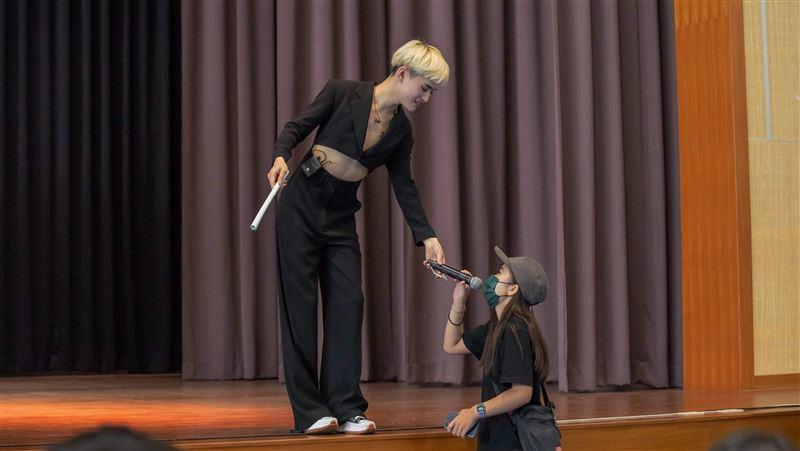 鍾明軒憶「成長痛」 惹哭一票大學生