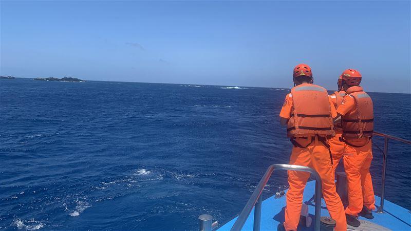 漁順昇168號找到了!船體傾斜半沉 4船員下落不明