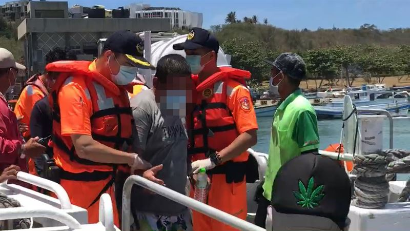 新/琉球漁船觸礁1死 救援過程曝光