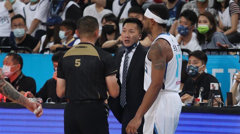 PLG總冠軍賽楊敬敏爭議判決 許晉哲:誤判我無法接受