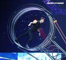 美國大馬戲團(Le Grand Cirque)表演死亡之輪。(記者邱榮吉/攝影)
