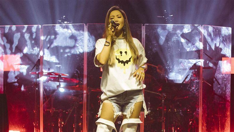 A-Lin唱一半 天后衝上台粉暴動