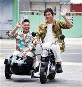 李玖哲、姚元浩帶大家走遍台灣、認識在地好味道。(記者邱榮吉/攝影)
