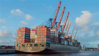 很多貨物仍卡在蘇伊士運河上
