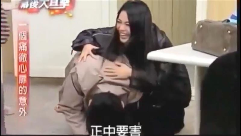 拍戲被「正中要害」!江國賓爬不起來