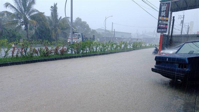颱風外圍環流挾雨彈!全台6縣市大雨特報 今晚到明下不停