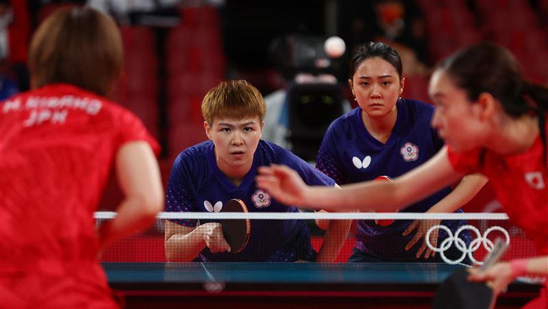 不敵日本猛烈攻勢 桌球女團8強止步