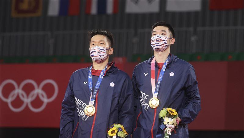 贺麟洋配夺金!美国议员吁「停止讨好北京」:让台湾用国旗